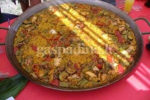 Tradicinis ispaniškas patiekalas - paelija
