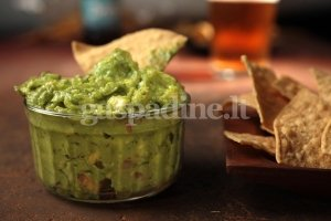 "Autentiška meksikietiška ""Guacamole"""