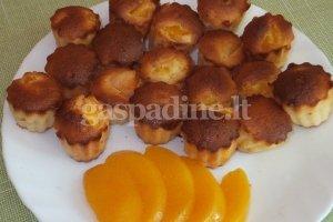 Keksiukai su persikais