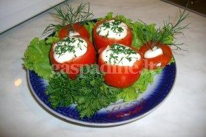 Sūriu įdaryti pomidorai