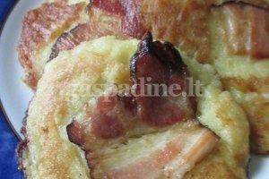 Bulviniai blynai su šoninės plokštelėmis
