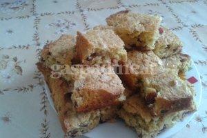 Avižinis pyragas su spanguolėmis
