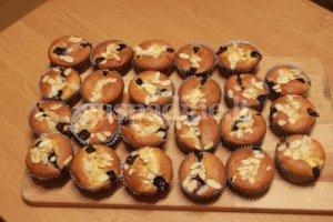 Beatos keksiukai su varške ir šilauogėmis