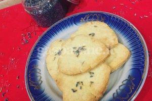 Sviestiniai sausainiai su levandomis
