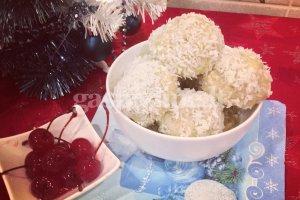 Sniego gniūžtės su vyšniomis