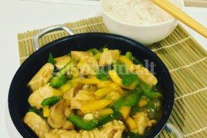 Kiniškas vištienos troškinys