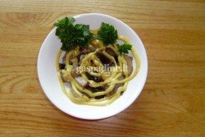 Baravykų salotos su padažu