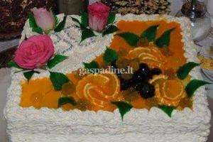 Vaisinis tortas