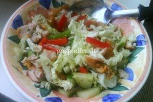 Vištienos salotos (mišrainė)