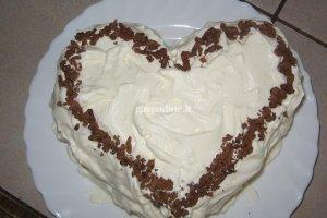 Tortas su kondensuotu pienu