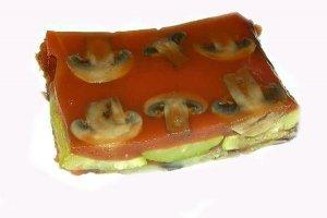 Kepti baklažanai pomidorų želėje
