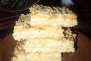 Trupininis pyragas su varškės-kavos įdaru