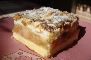 Pyragas su obuoliais ir rabarbarais