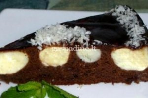 Tortas su varškės gabaliukais