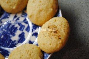 Kiaušinių likerio sausainiukai