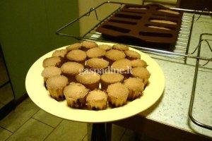 Biskvitinai sausainiai su šokoladu